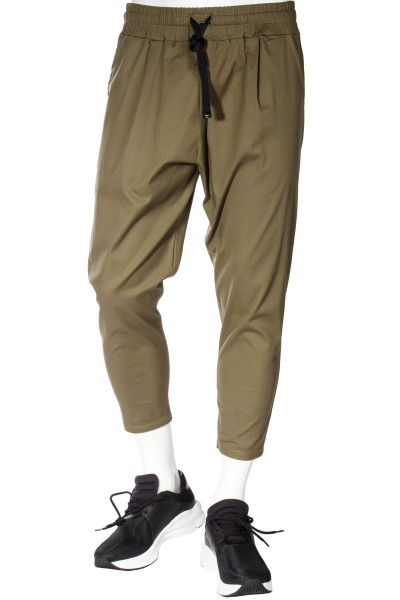 FAMILY FIRST Cropped Pants